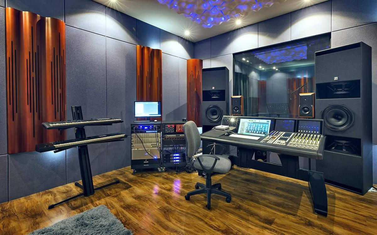 Tobias Lindell's Studio